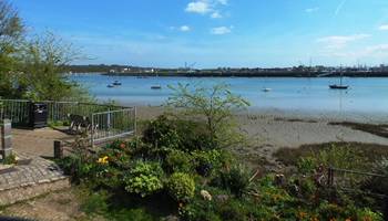 UK waterside home for sale: Nr Rochester, Kent - a11557a