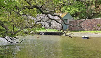 UK waterside home for sale: Mawgan, Nr Helston, Cornwall - a3893a